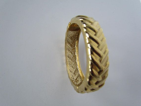 1970s++1980s+Hinged+Retro+Bracelet+wide+cuff+by+WhyWeLoveThePast,+$9,50