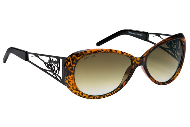 Unique butterfly frame with a metal cut-out temple inspired by Tattoos. Tattoos from Fastrack    http://www.fastrack.in/product/p198br1f/?filter=yes=tattoo=1=995=2995=13
