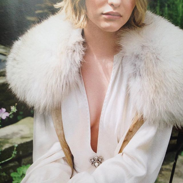 Another fabulous shot for this month's @tatleruk featuring our diamond and pearl shield brooch @tatlerjewels @benrayner @sophieigoodwin @sylviebeam #antiquejewellery #fashionshoot #brooch #diamond #pearl #diamondbrooch #diamondjewellery #broochesareback