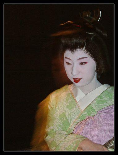 El maquillaje de geishas y maikos