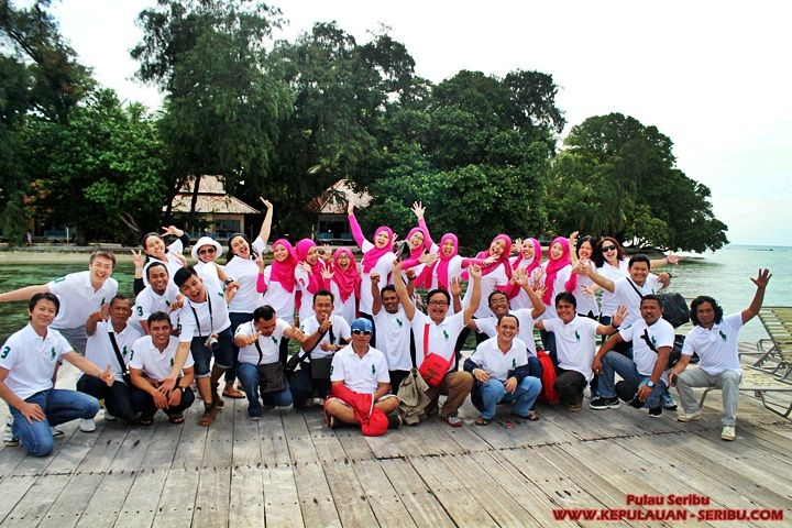 Travel Pulau Seribu – Island Tour Jakarta | Bored Panda