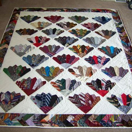 "Craft Projects: Necktie Quilt ""Tie quilt"" Free Pattern"