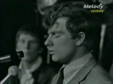 Them - Gloria (Live) Van Morrison - I wonder why I like this oldie. Hmmm.