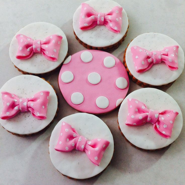 Minnie bow cookies
