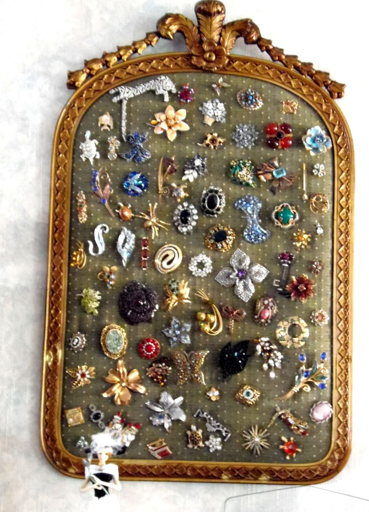 Costume Jewelry Great idea to display                                                                                                                                                                                 More