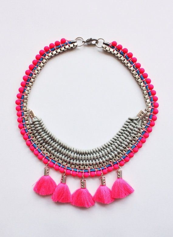 PALENQUE neon pink statement necklace by ARARACUARA on Etsy, $46.00