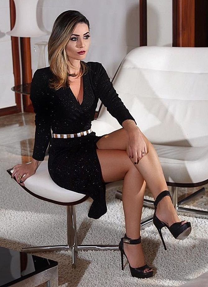 Formmb Hot Woman In Long Sleeved, Black Mini Dress -9223