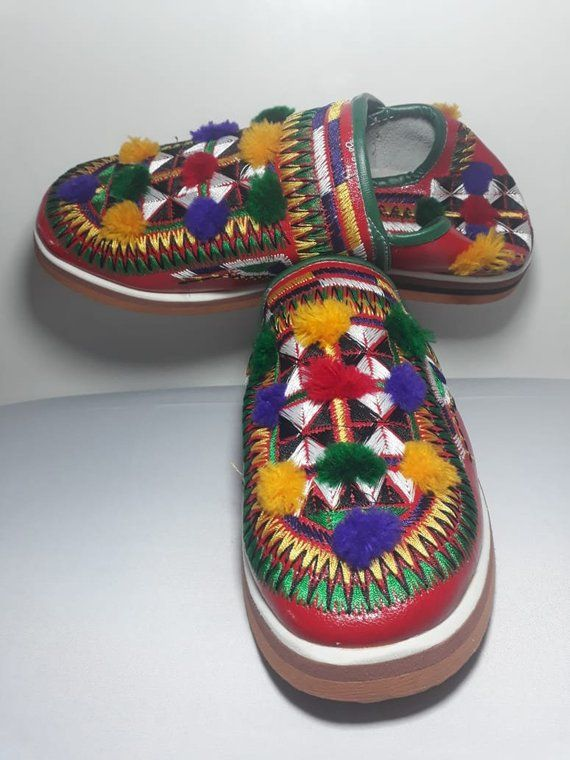 Handmade shoes for women women leather slippers Moroccan shoes Berber shoes Best gift for her Moroccan babouche Leather shoes
