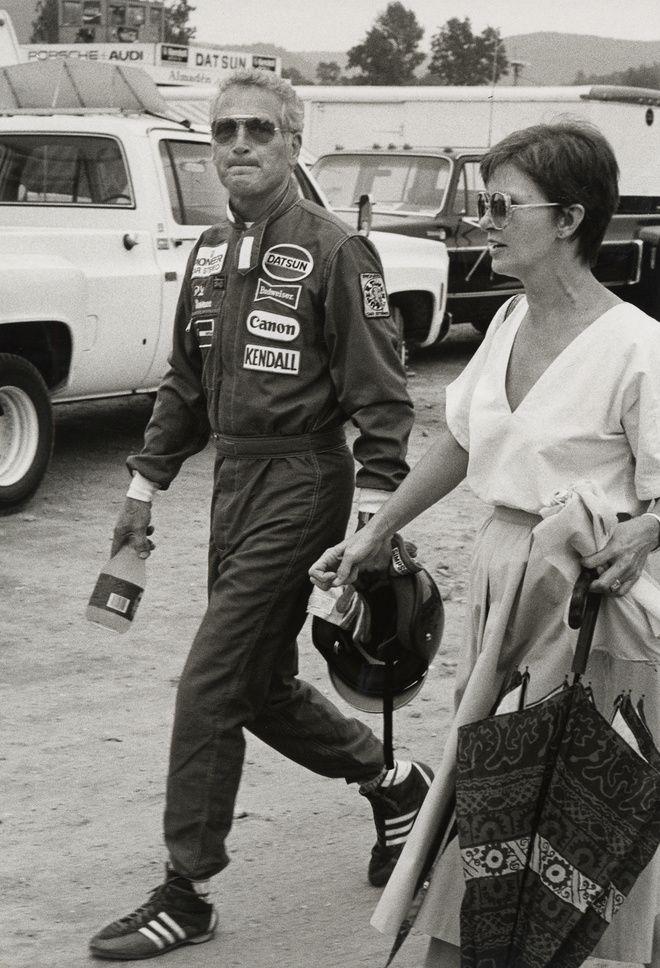 Paul Newman et Joanne Woodward pendant la course de Paul Newman à Lime Rock Park, Connecticut, 1980.