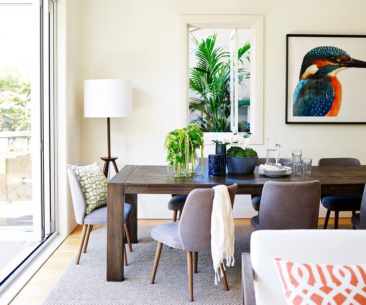 See how ModelCo CEO Shelley Garrett has decorated her Sydney bayside family home so that it's stylish, relaxing and perfect for entertaining guests.