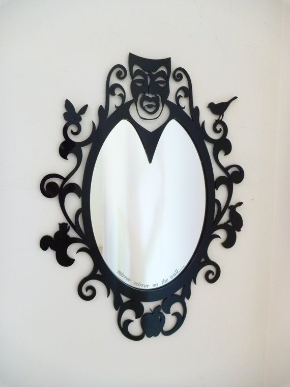 Snow White mirror! I need this in my house!