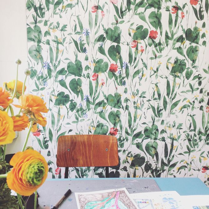flowers on the wall - GREENHOUSE prints & illustrations by Lotte Dirks