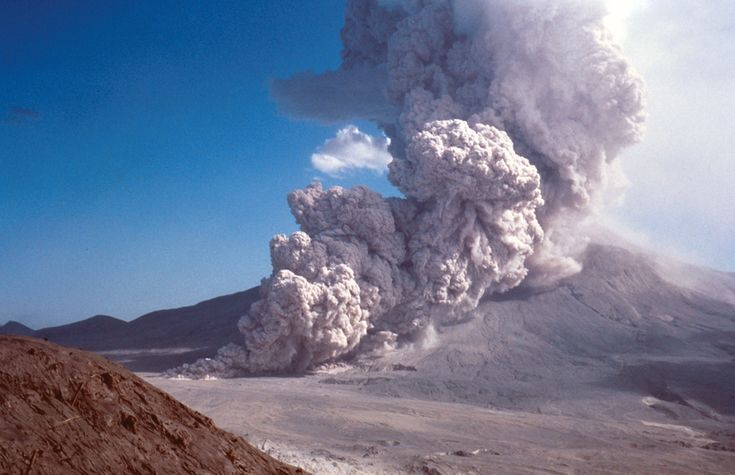 A pyroclastic flow rushes down the side of Mount St. Helens on August 7, 1980. (USGS photo)