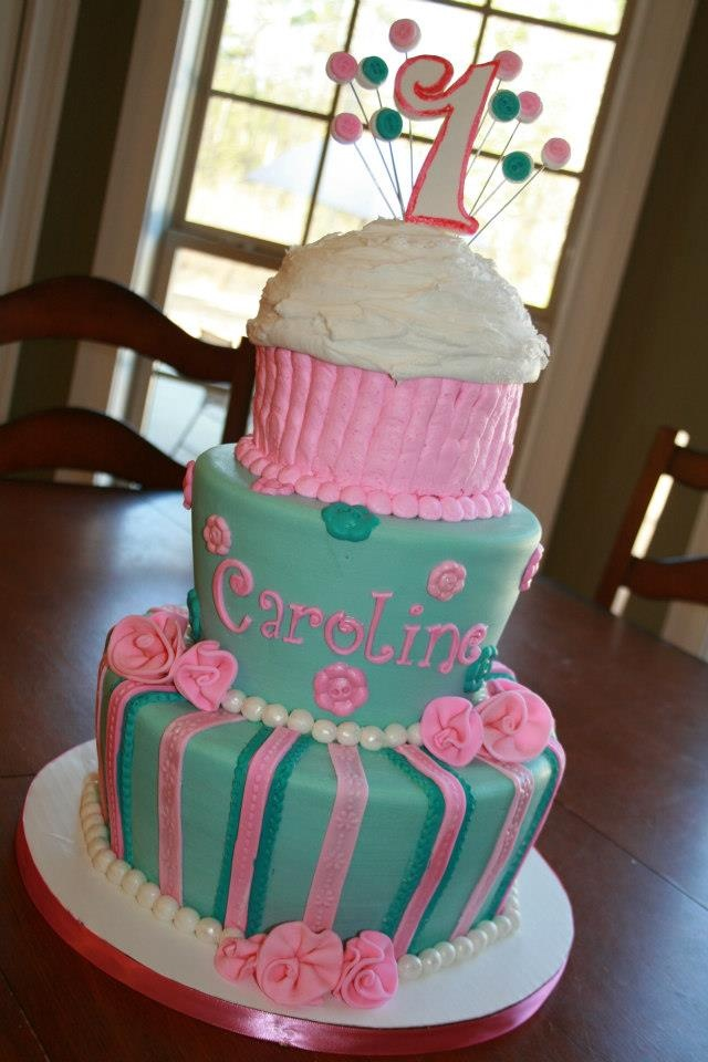 Cake Decorating Fondant Stripes : 45 best images about First Birthday Cakes on Pinterest ...