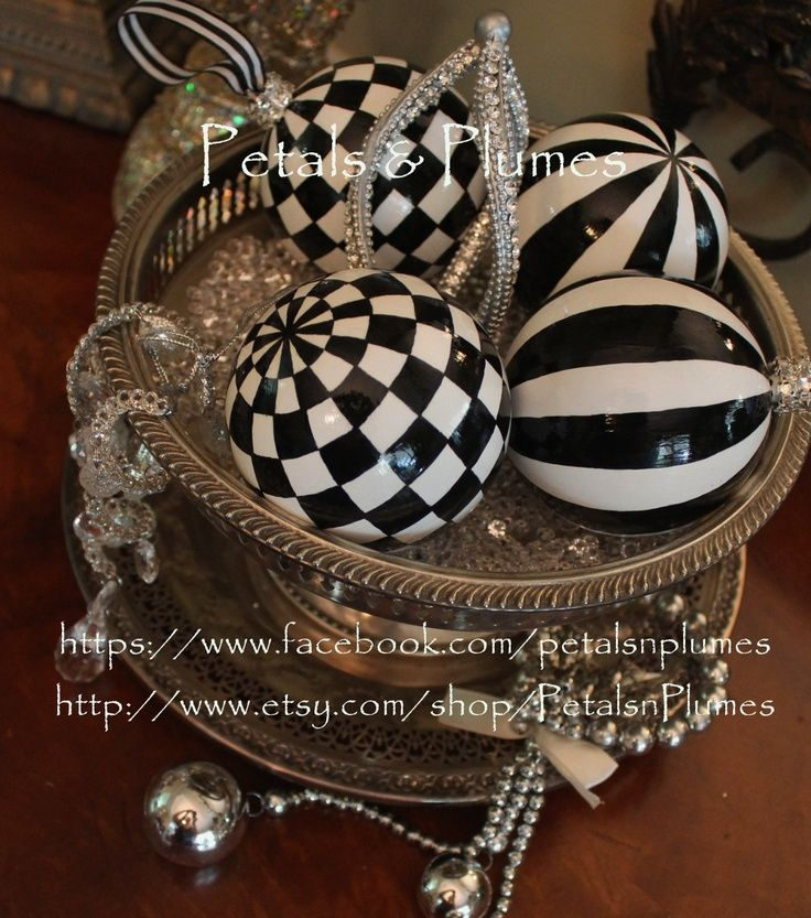 Black And White Christmas Decoration Ideas: Best 25+ Black White Halloween Ideas On Pinterest