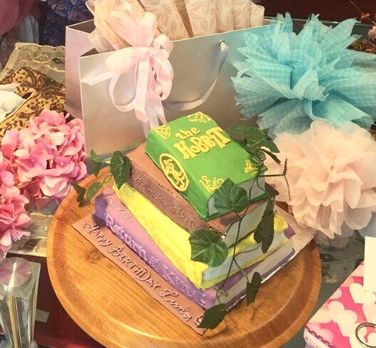 The hobbit book's birthday cake ..
