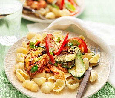 pasta rosso med kyckling och zucchini
