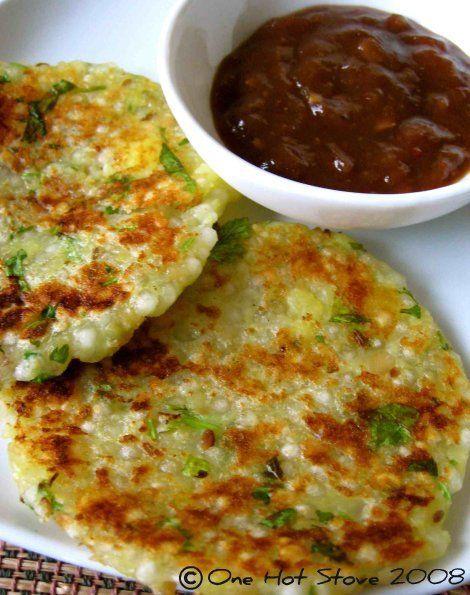 sabudana thalipeeth (sago pearls savoury pancake w/ tamarind relish) #vegetarian #indian