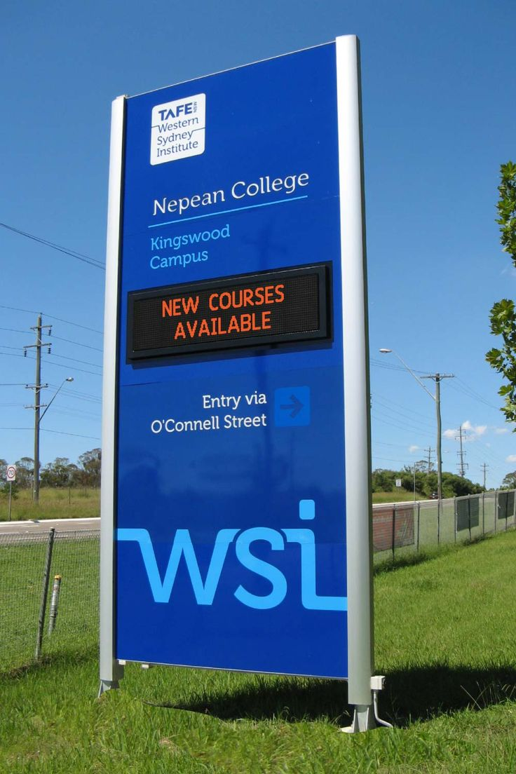 Western Sydney Institute #CSI #CollegeSign #LEDsign #recognition #TAFE #identity #directions