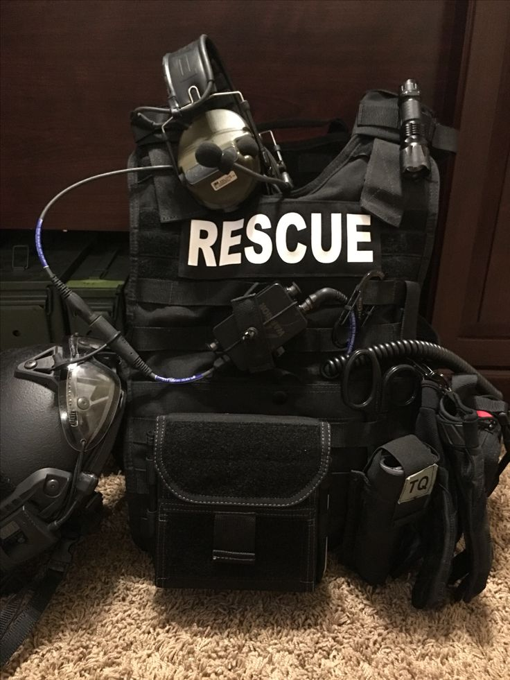 Tactical medic by John Shaw on Search and Rescue