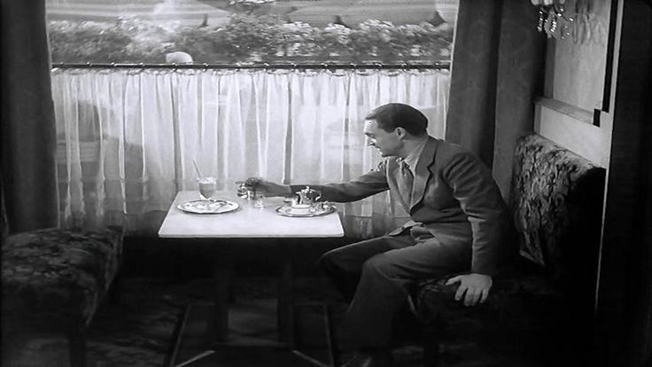 The Testament of Dr. Mabuse (1933) - Fritz Lang directed this sequel to his nearly four-hour Dr. Mabuse silent of 1922. The film opens with Detective Hofmeister spying on the activities of a criminal syndicate. Not realizing he has been seen Hofmeister is attacked by the thugs and later turns up out of his mind.