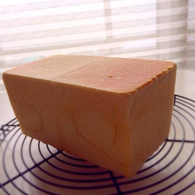 コンデンスミルク入りです〜 - 47件のもぐもぐ - 【ホシノ酵母】パン・ド・ミ by 有山