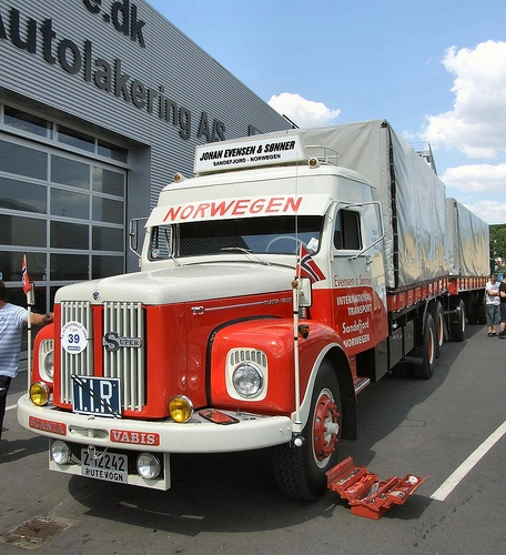 Scania-Vabis LS76. One of the fameus Norway to Bandar-Abbas trucks. This is a real pioneer truck.