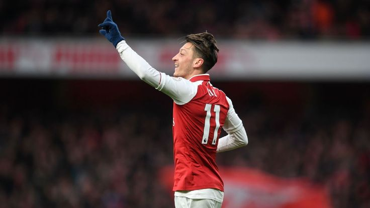 Mesut Ozil, Ainsley Maitland-Niles catch the eye in win over Newcastle