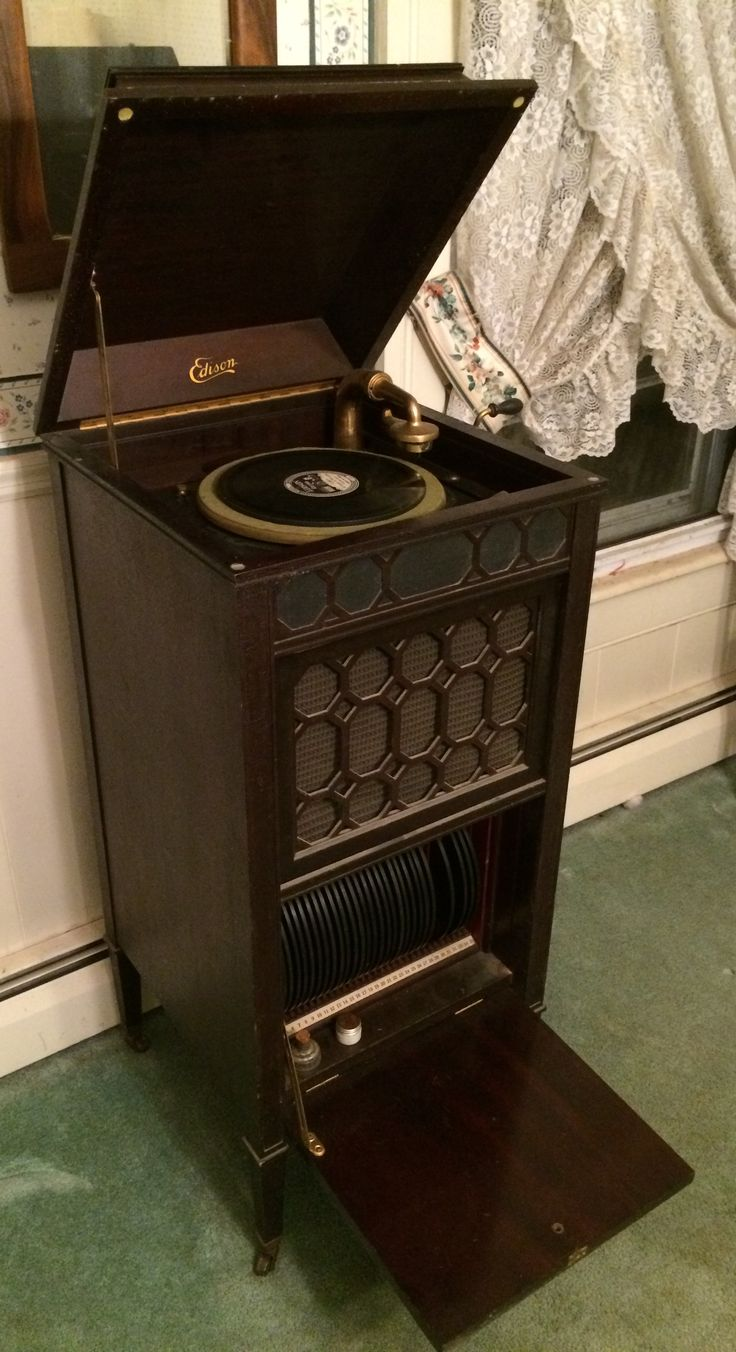 """from Stephen: Edison Disc Phonograph, 1916. """"Great for when the electricity goes out. Light the oil lamps, candles and crank up the music."""""""