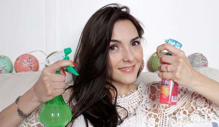 Come realizzare uno spray salino per capelli fai da te e ottenere capelli mossi effetto mare con onde morbide. Guarda il video tutorial!