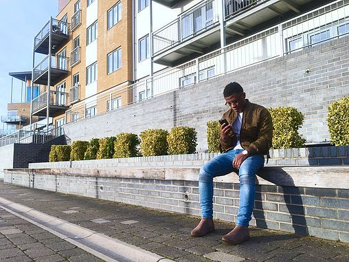 Beige Army Green bomber Jacket with Chelsea boots Men's fashion