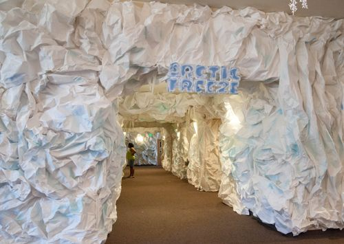 Ice Cave (gotta find a lot of white paper!) pic only Hall toward the nursery