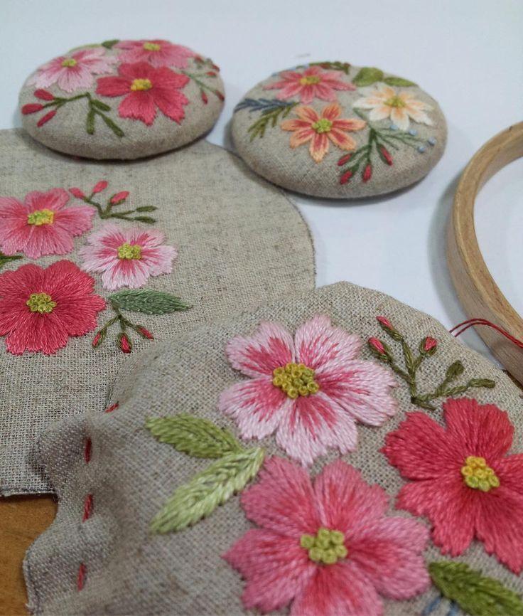 #embroidery #handmade #프랑스자수 #야생화자수 #브로치#바늘 놀이는 언제나 즐겁당~~^^