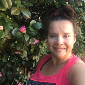 Just back from SPIN class & can't believe what a beautiful morning it is. Just a little chilly but loving the camellias in winter. Plus size activewear - sizes 16-26 Designed & made in Australia www.blitzactive.com.au #blitzactive #blitzactivewear #plussizeclothing #plussizeactivewear #plussizeworkout #keepingactive