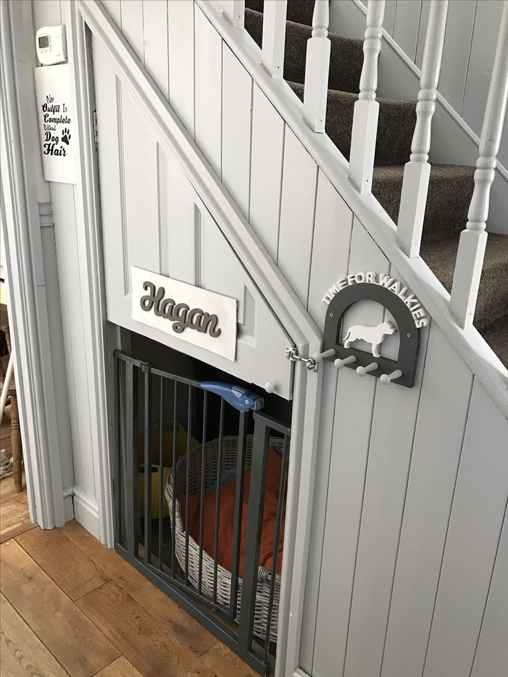 Best 25+ Dog under stairs ideas on Pinterest | Dog bed ...