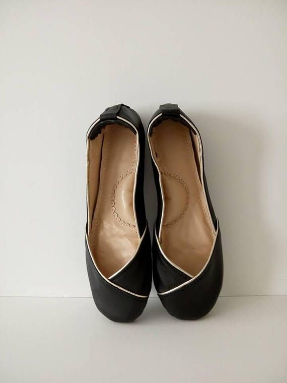 Check out this item in my Etsy shop https://www.etsy.com/listing/547188958/handmade-black-leather-flat-shoes