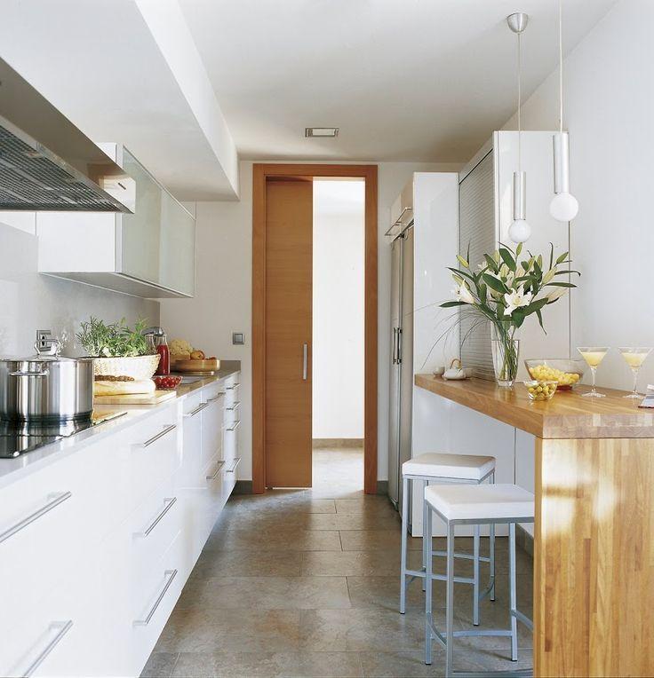Cómo decorar cocinas alargadas y estrechas