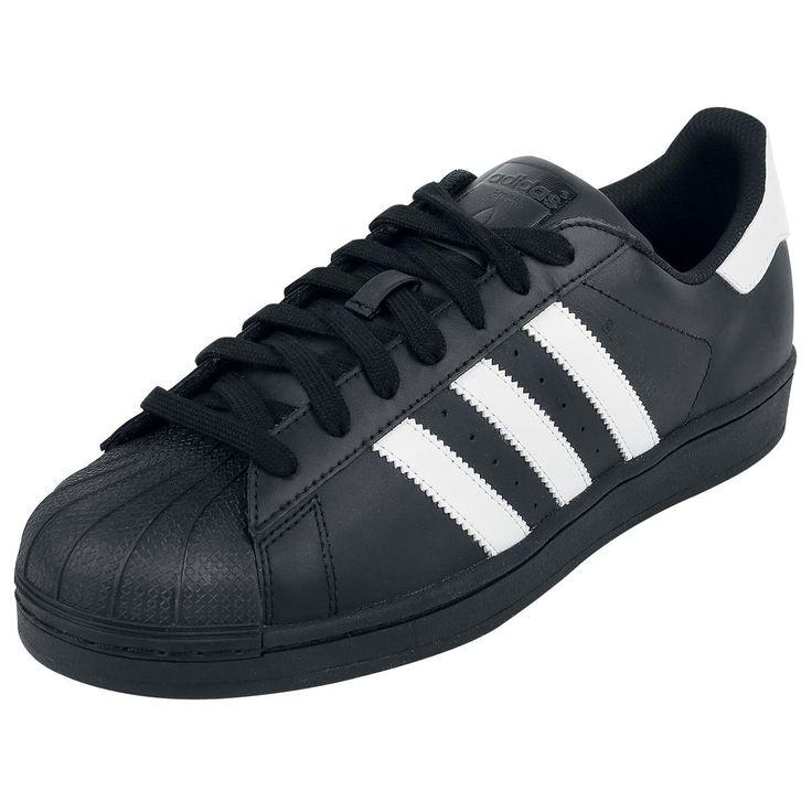 "Scarpe sportive ""Superstar II"" del brand #Adidas."