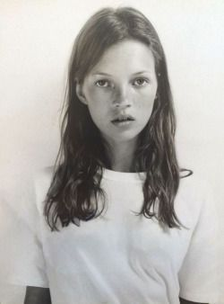 Baby Kate Moss #beauty #hair #model #90s: