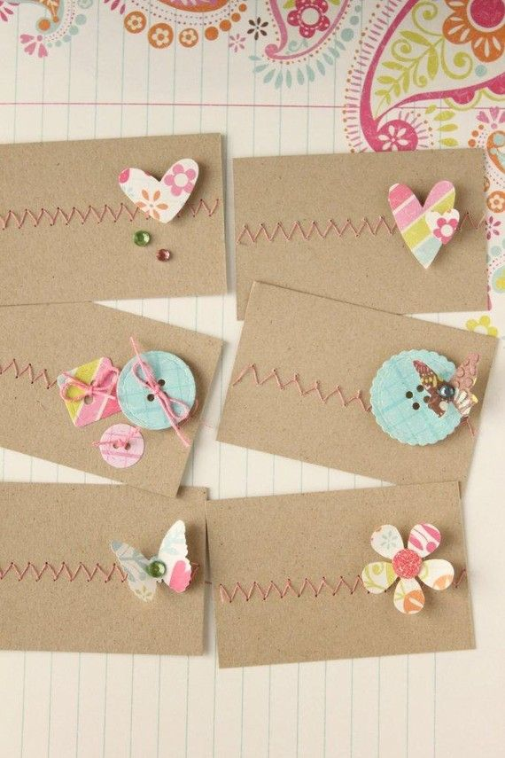 Mini greeting/note cards Cards. Detail middle left card: sewed on paper buttons (Opitec button paper punch).
