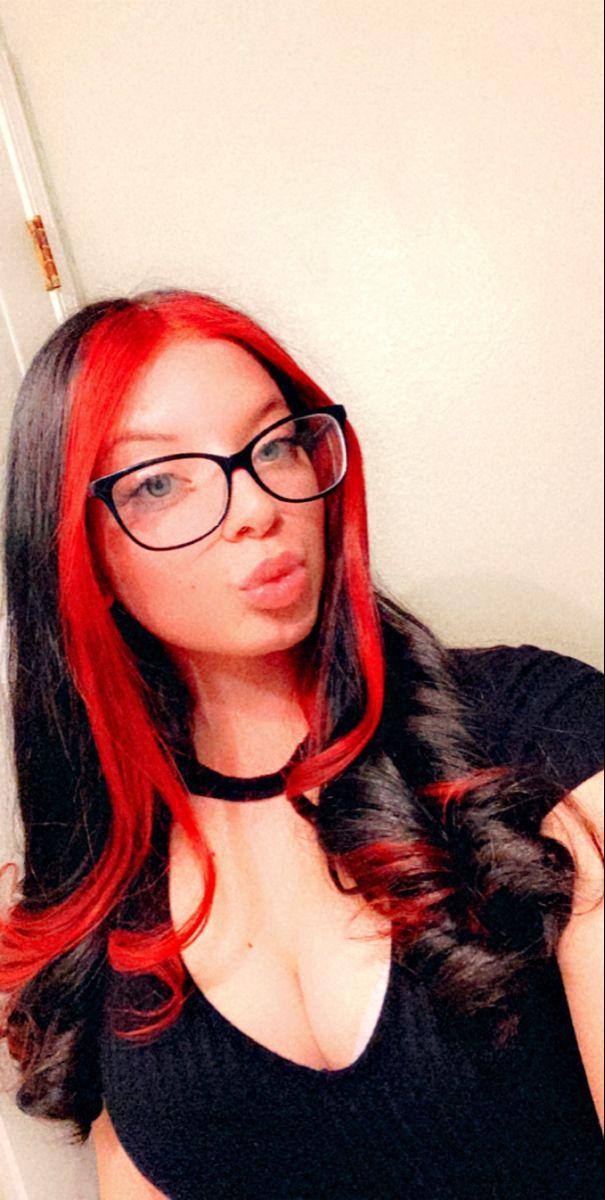 Red Bangs Split Hair Dye In 2020 Split Hair Front Hair Styles Dyed Hair