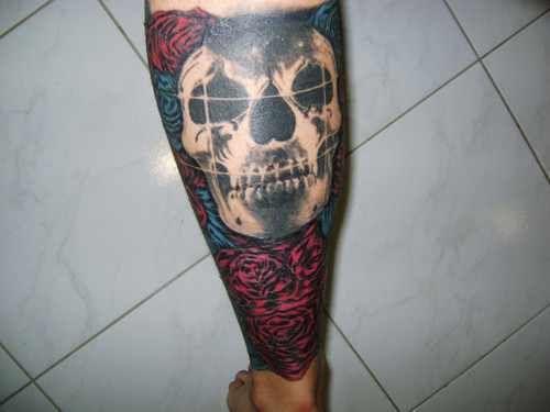 Deftones Tattoo Fechei Perna Esquerda Com Capa Nas