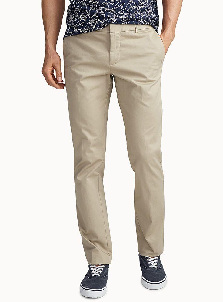 Exclusivité du 31 pour homme - Un essentiel chic et décontracté de tous les jours - Notre style nommé London qui définit un pantalon à jambe étroite et taille basse - Coton extensible tout confort Le mannequin porte la taille 32