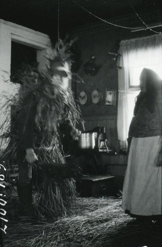 Nuuttiparoni visits a home in Nyllyla village, Finland, 1926. Photo by Aino Oksanen via All Things Finnish. Photo