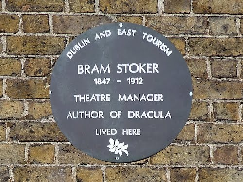a biography of bram stoker an irish author Irish writer bram stoker is best known as the author of dracula bram stoker: a biography of the author of dracula new york: random house, 1996.