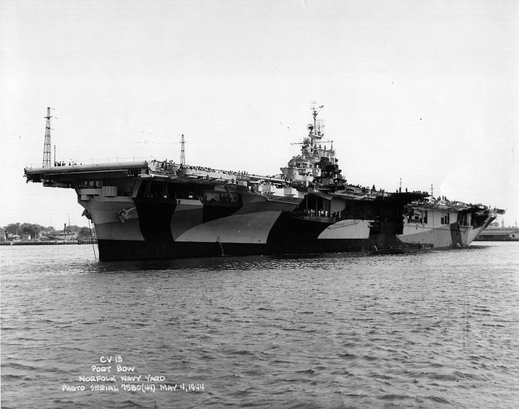 USS Franklin (CV-13),  Essex class  aircraft  carrier Norfolk Navy Yard,    in 1944.