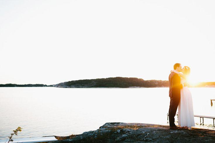 Elin & Elfars wonderful wedding by the sea..