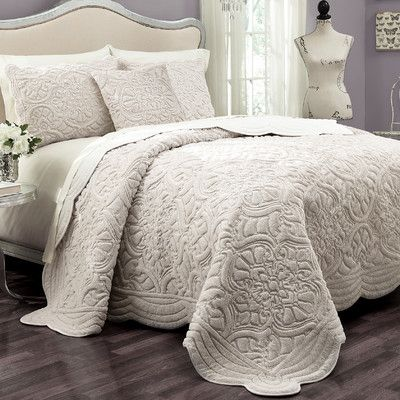 Lark Manor Coverlet Set