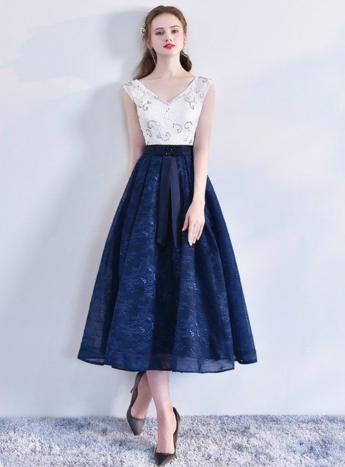 b046cdab02a4 Silhouette:a-line Hemline:tea length Neckline:v-neck Fabric:tulle Sleeve  Style:sleeveless Color:blue Back Style:lace up Embellishment:beading
