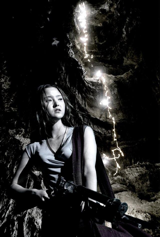 Still of Devon Aoki in Mutant Chronicles